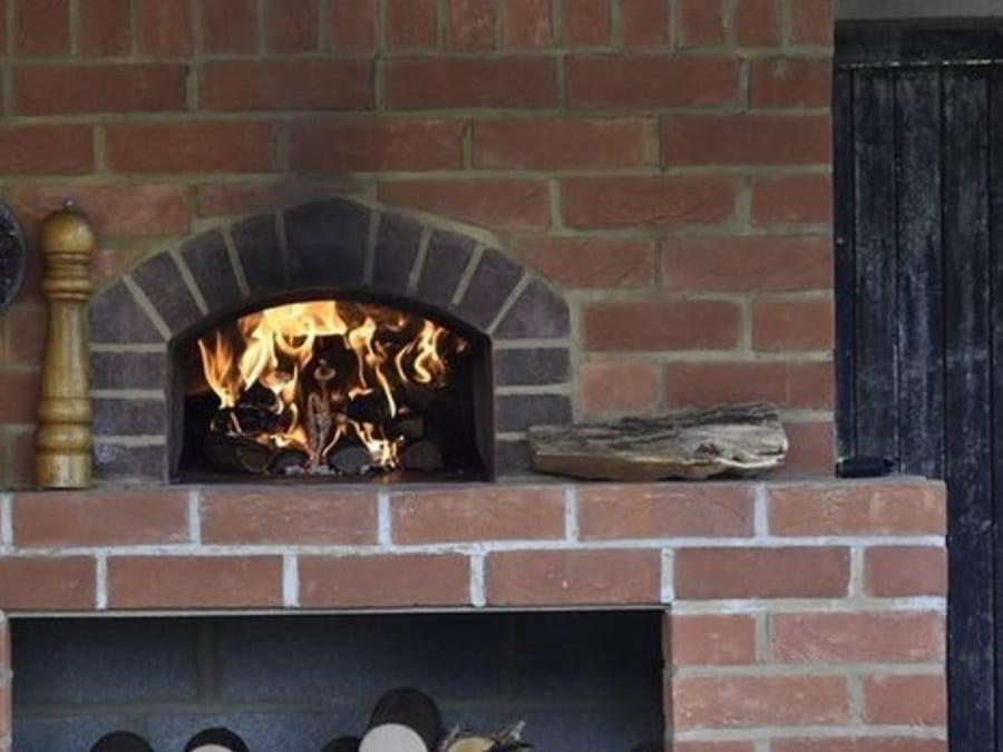 Testimonial Oven Image